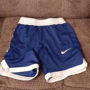 Nike toddler boys shorts size 4